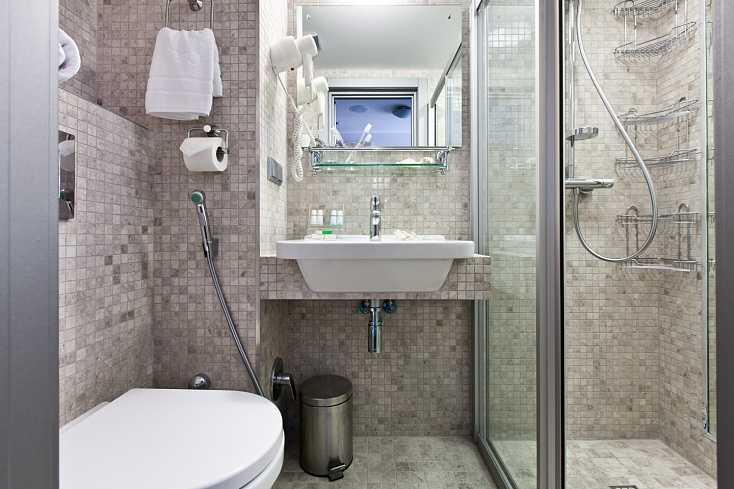 Стандарт улучшенный с двумя кроватями в Отель Yalta Intourist
