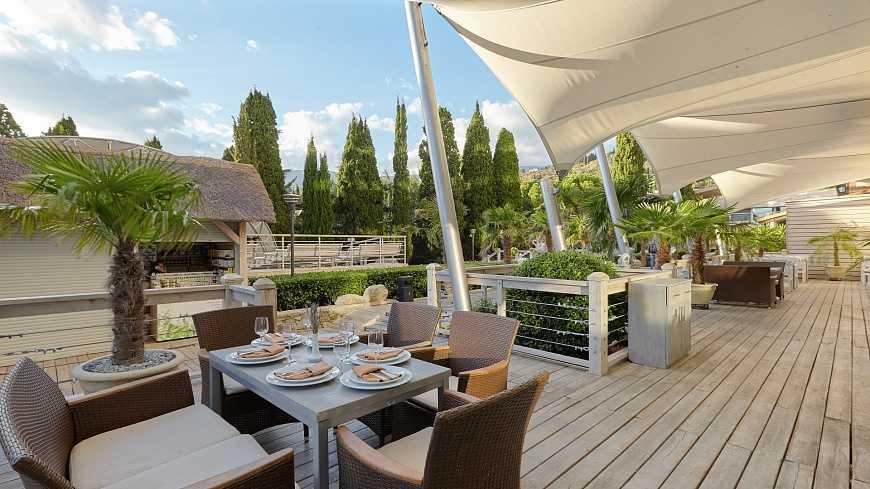 Ресторан «Самурай» - Отель Yalta Intourist