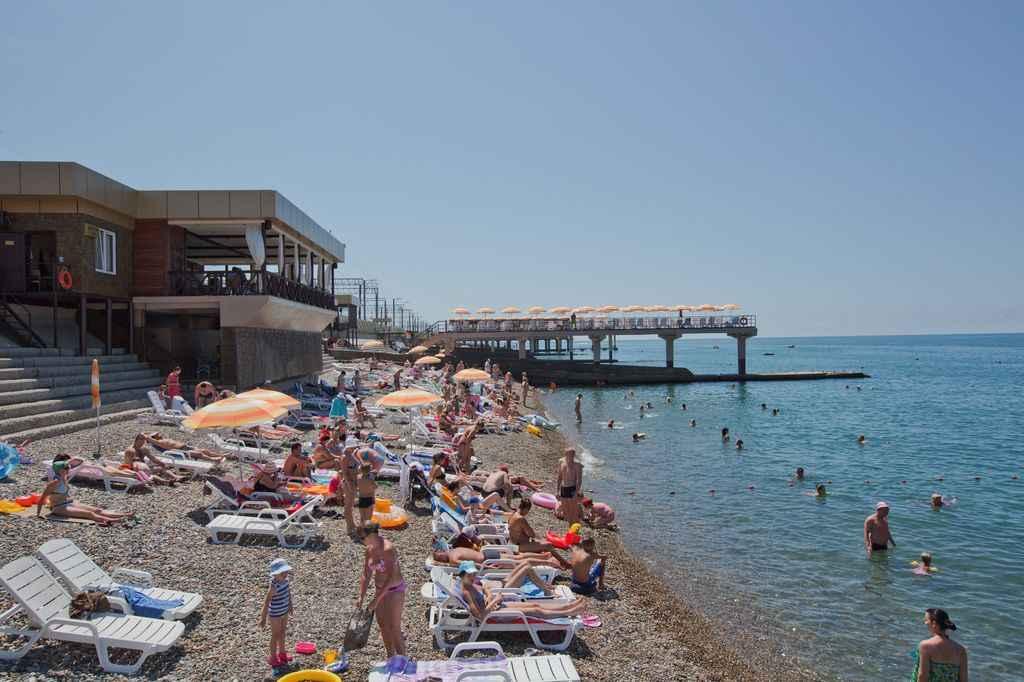 Море и пляж в Отель «Volna Resort & SPA»