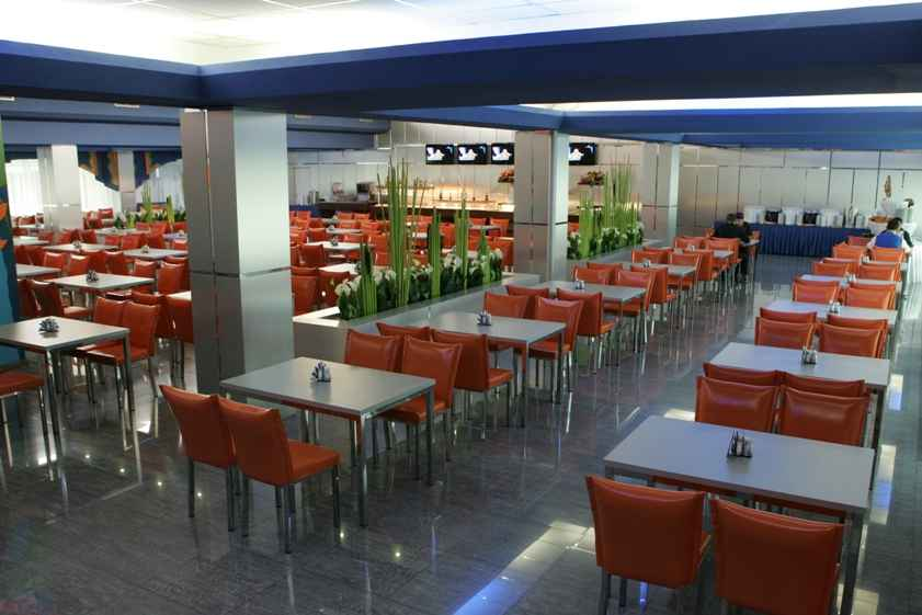 Ресторан «Весна» в Отель «Volna Resort & SPA»