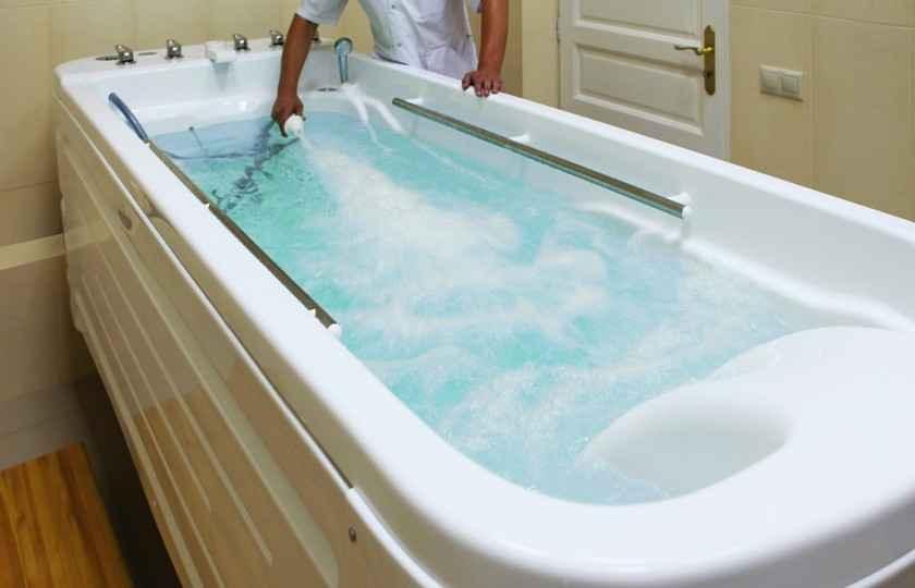 Подводный массаж - Отель «Volna Resort & SPA»