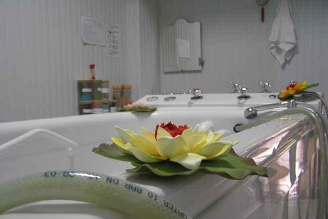 Ванны в Отель «Volna Resort & SPA»