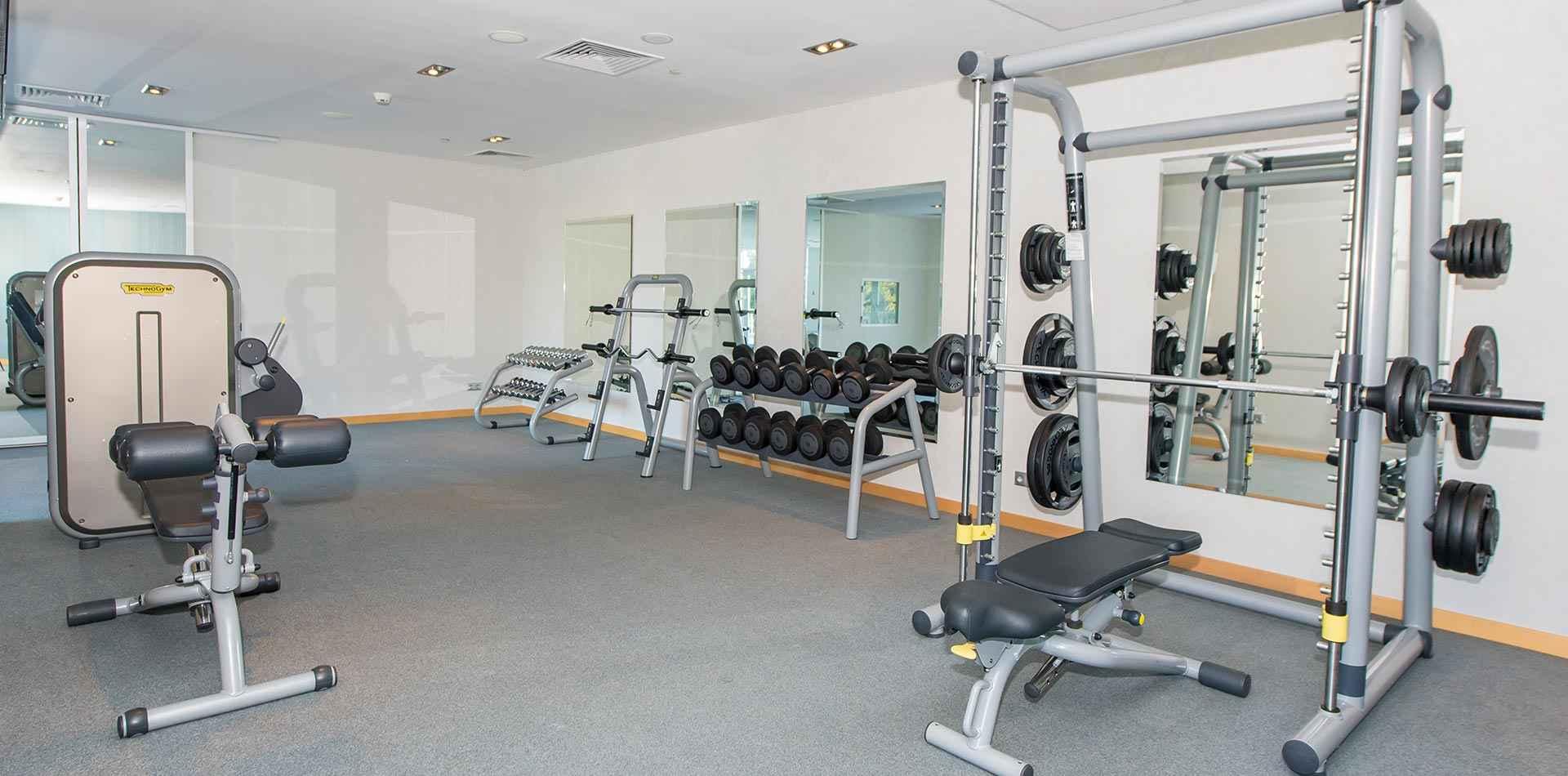 Тренажерный зал в Riviera Sunrise Resort&SPА