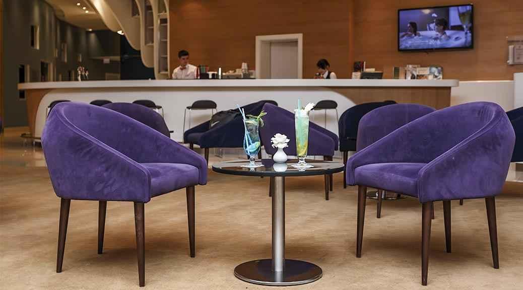 Лобби-бар «Mangup» в Riviera Sunrise Resort&SPА