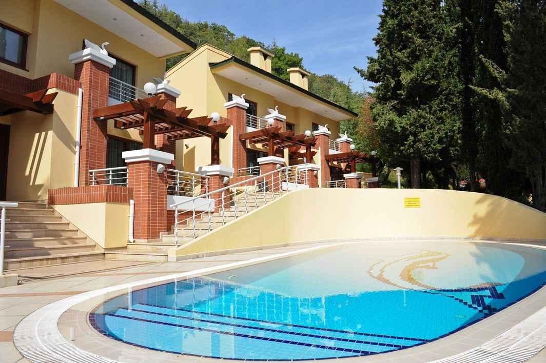 Бассейн 8 виллы в More Spa & Resort