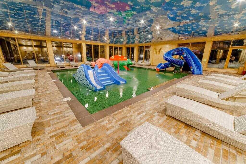 Детский бассейн - Парк-отель «Солнечный»