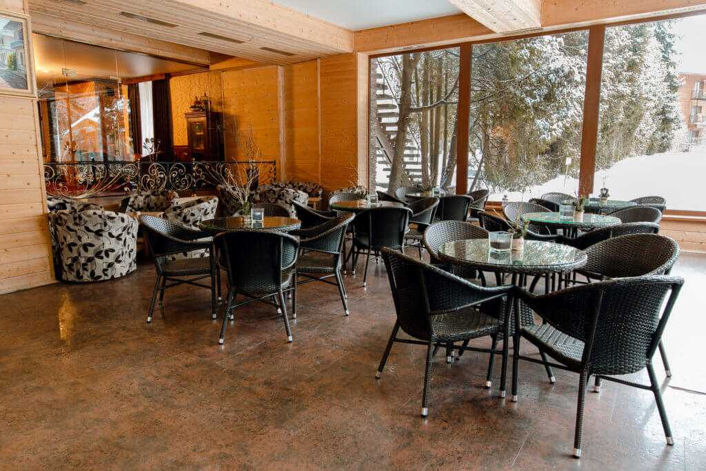 Лобби-бар в Парк-отель «Солнечный»
