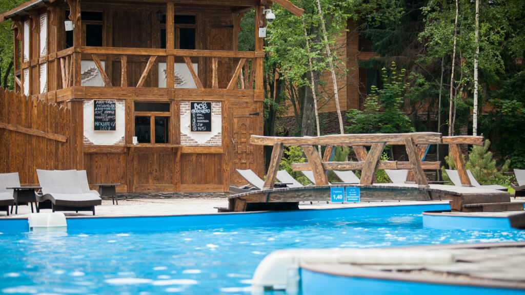 Pool bar в Парк-отель «Солнечный»