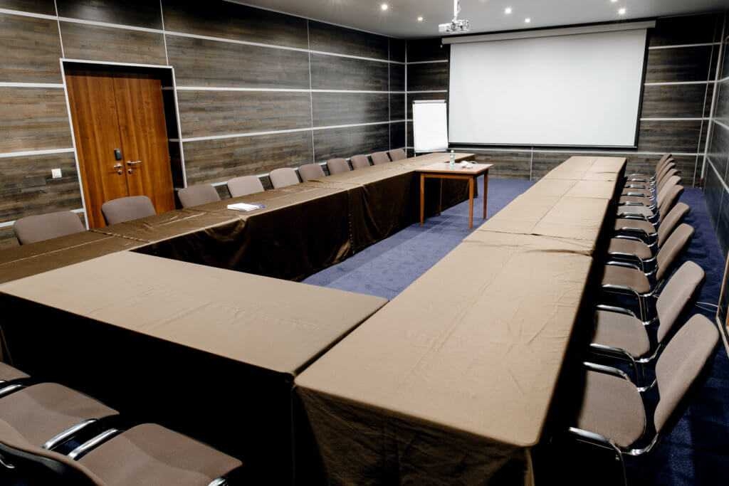 Конференц-зал «Юпитер» в Парк-отель «Солнечный»