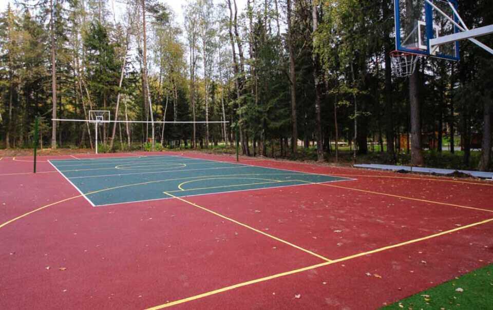 Волейбол и баскетбол в Парк-отель LES Art Resort
