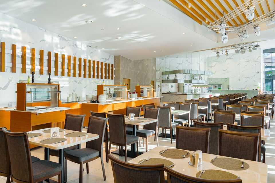 Ресторан «Interview» в Парк-отель LES Art Resort