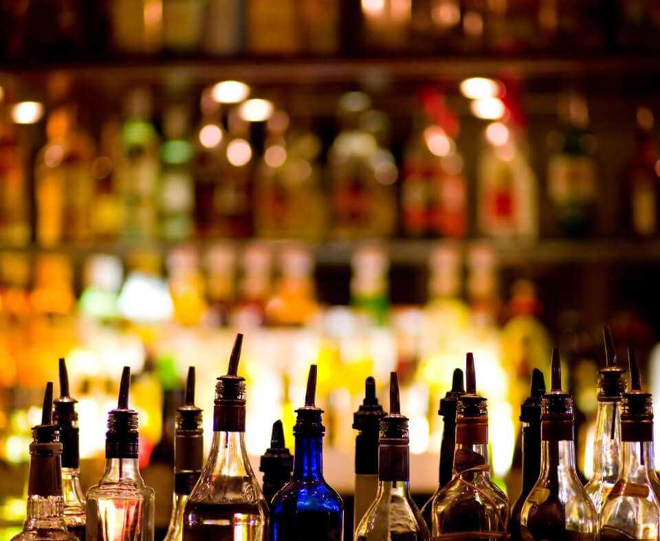 Бар в ночном клубе в Парк-отель LES Art Resort