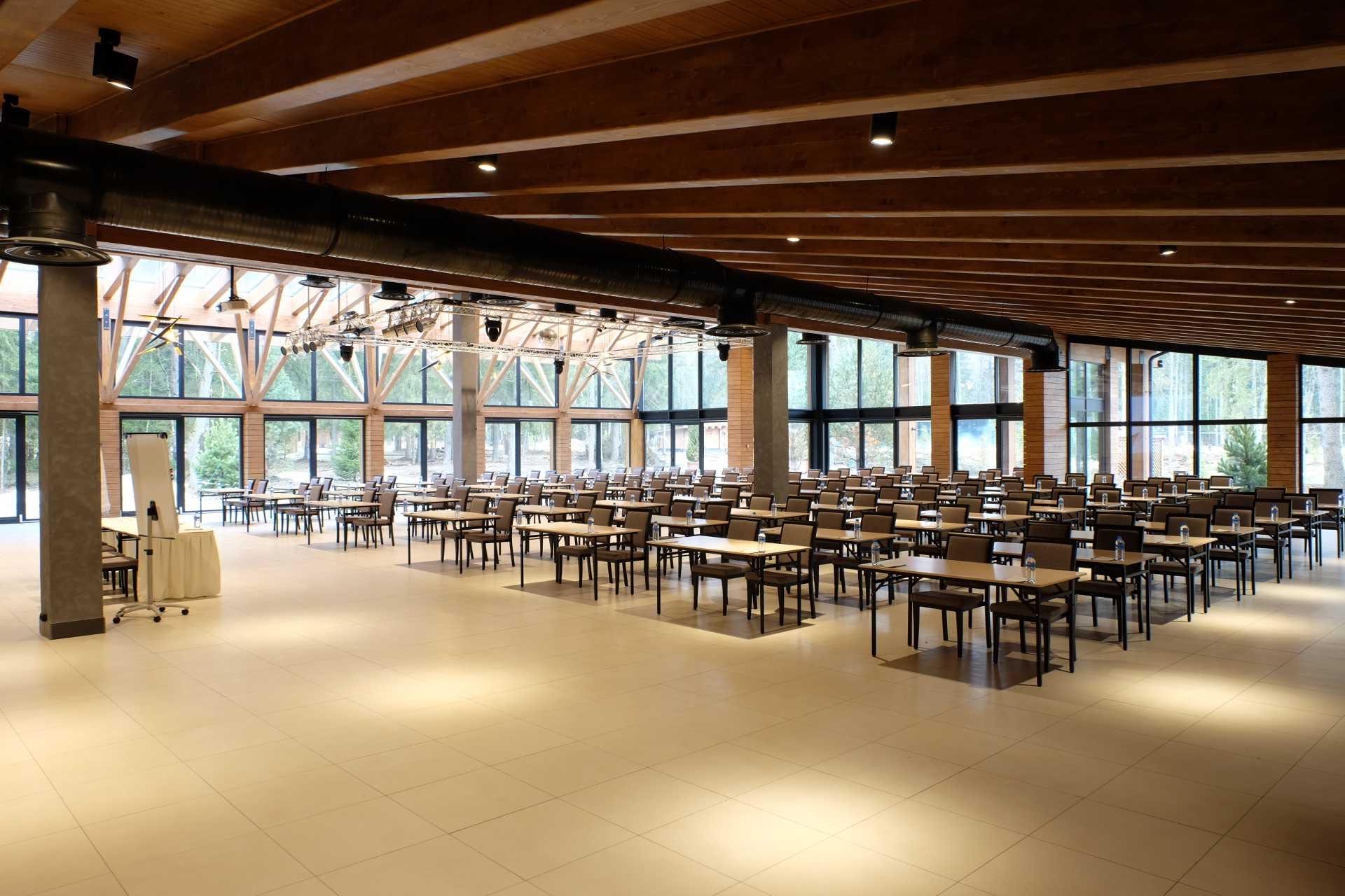Банкетный павильон «BELVEDER» в Парк-отель LES Art Resort