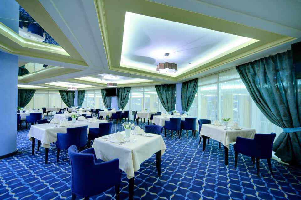 Банкетный зал «GALEREA» - Парк-отель LES Art Resort