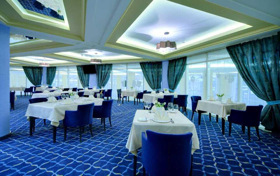 Банкетный зал «GALEREA» в Парк-отель LES Art Resort