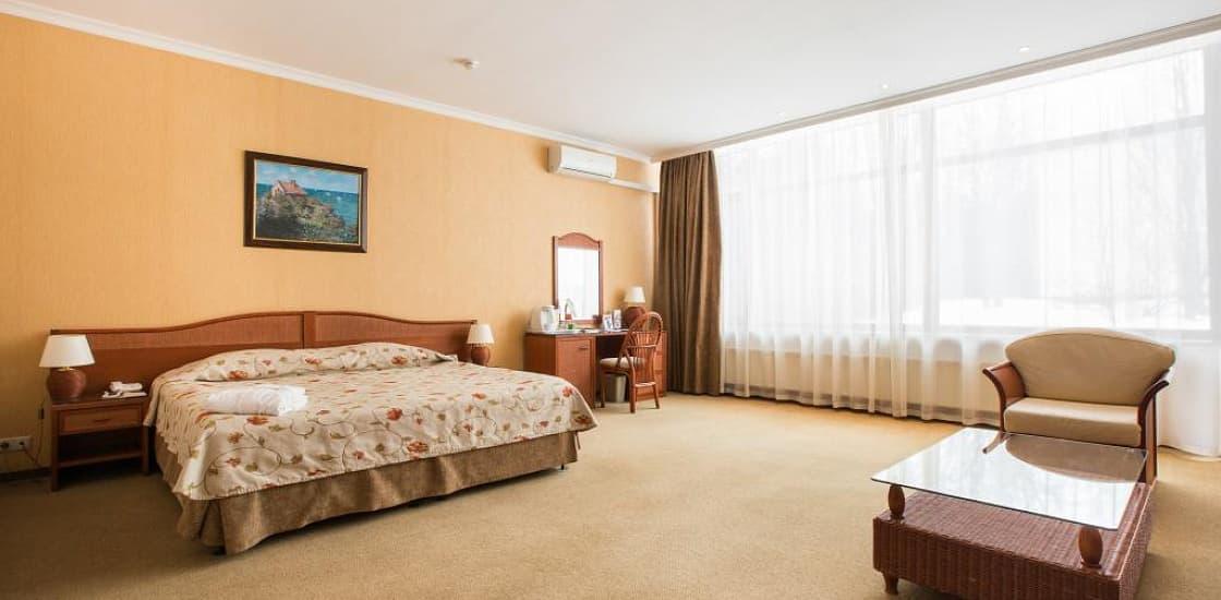 Джуниор Сьюит плюс (SPA) в Артурс СПА отель