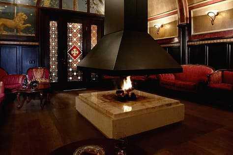 Каминная комната в Артурс СПА отель