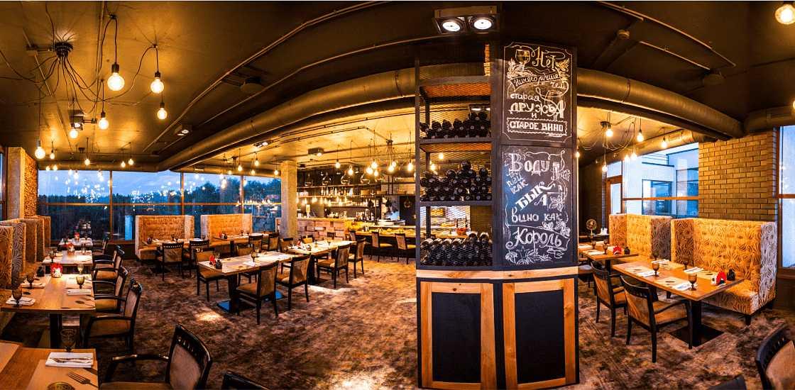 Гриль-бар в Артурс СПА отель