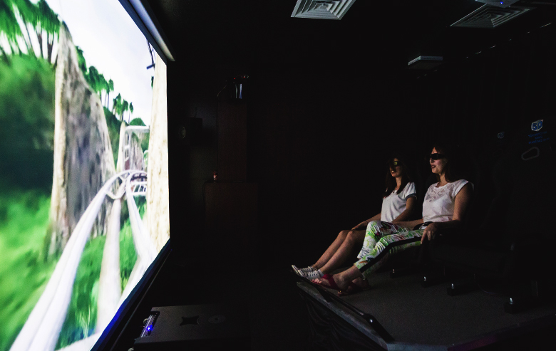 Кинотеатр 5D в Яхонты Таруса