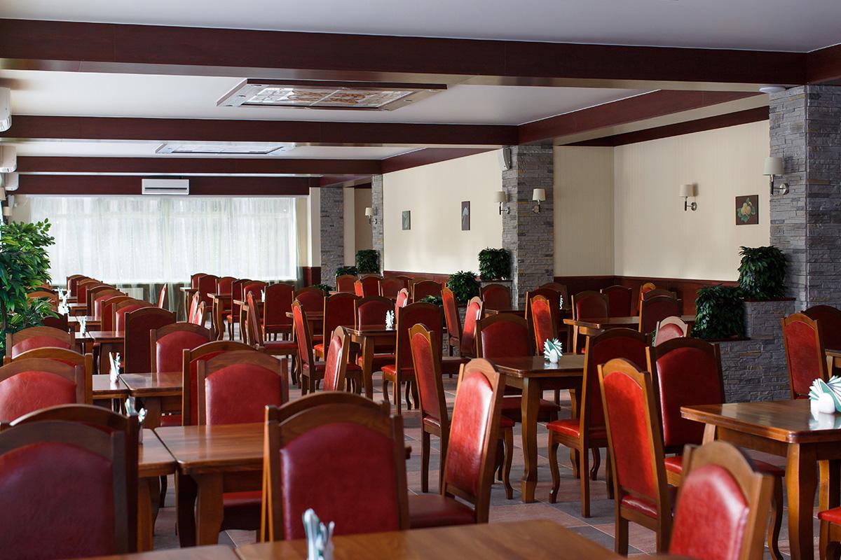Зал шведского стола в Яхонты Таруса